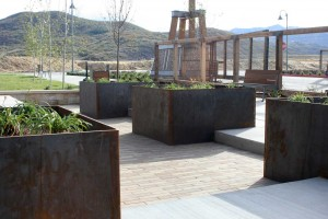 courtyard steel planters