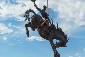 """Jackson Hole Airport Entry Feature - Sculpture """"Battle of Wills"""" Installation (Photo by Bart Walter)"""